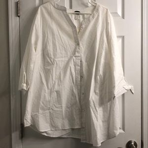 NWT CJ banks white detailed button up blouse 3x